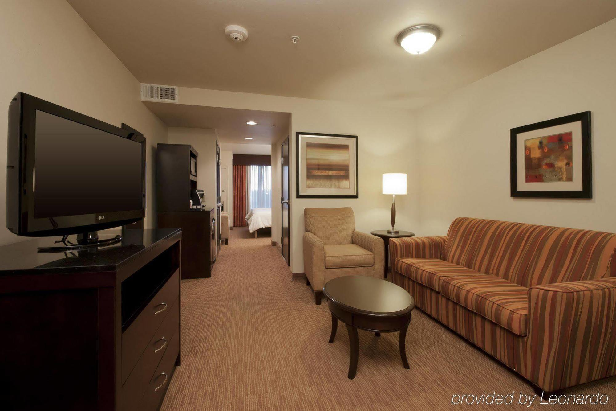 HILTON GARDEN INN OKLAHOMA CITY MIDTOWN, OKLAHOMA CITY ***